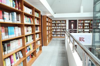 房山区燕山迎风街道图书馆